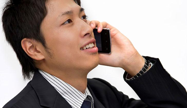 応募先の業界・職種に勤めている友人や知人に会って話しを聞く